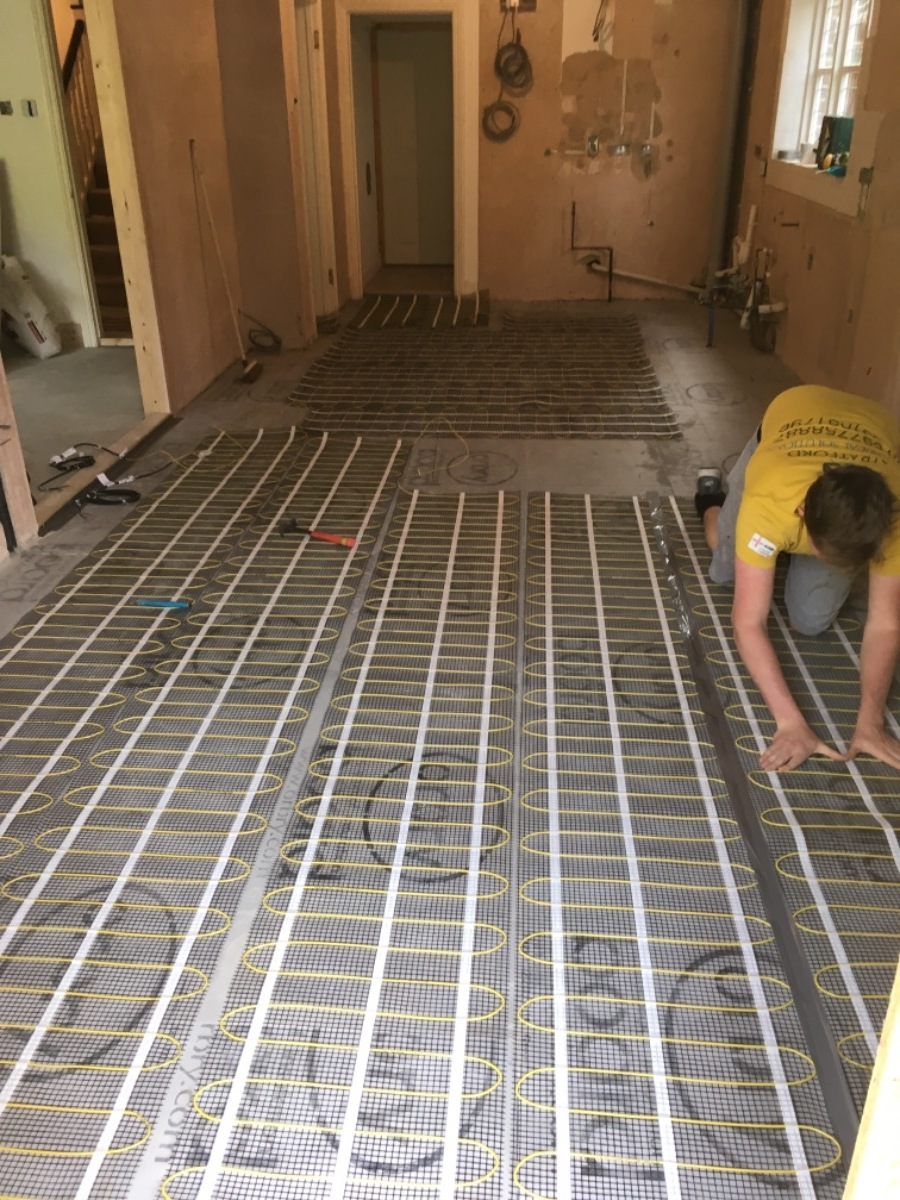 underfloor heating installation at cassioburu