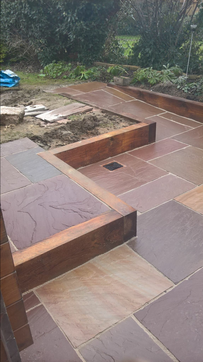 Sandstone with sleeper edging