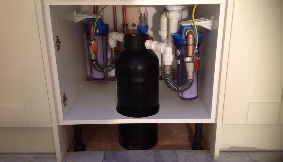 Water Softener Systems & Kitchen Plumbing, Surrey - www.boiler-pro.co.uk